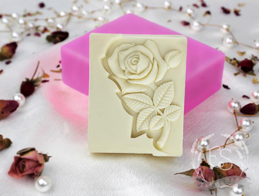 """Силиконовая форма для мыла """"Роза по диагонали на прямоугольнике"""" 2D"""