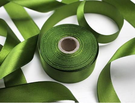 Лента атласная глубокий оливково-зеленый 25 мм